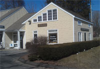 Look for this gallery in the small shopping area on rt. 7 in Wilton, CT
